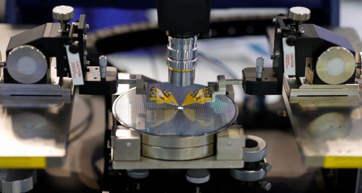 半導體 AiP 先進封裝成市場趨勢,凌華針對四大封測製程打造「運動控制+機器視覺」利器