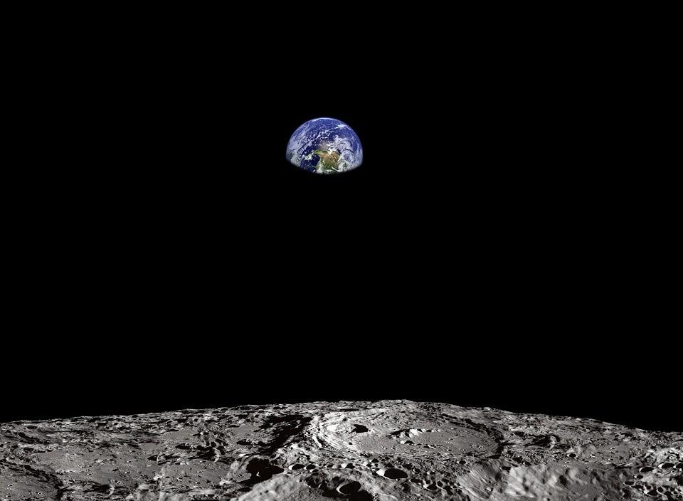 【太空末日方舟】科學家要把 670 萬精子與卵子射到月球上,當「備份檔案」